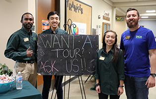 SAGA gives campus tours